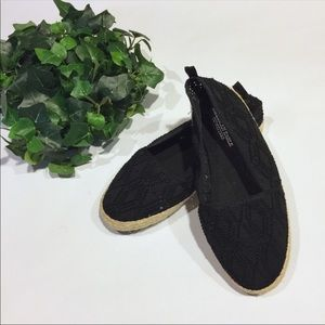 AMERICAN EAGLE OUTFITTERS espadrilles size 6